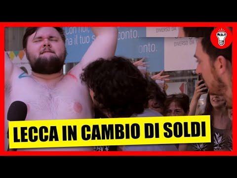 LECCARE L'ASCELLA DI UNO SCONOSCIUTO - IN CAMBIO DI SOLDI Ep.1 - NUOVO FORMAT -  theShow