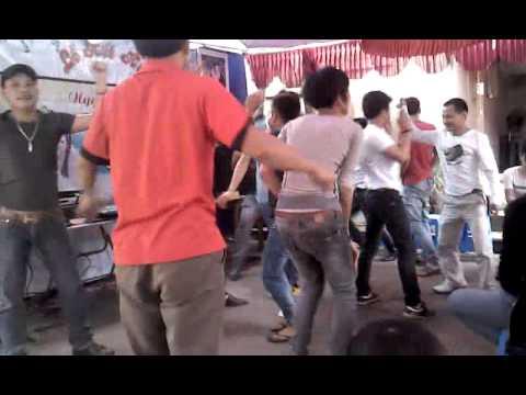 video các điệu nhảy tại đám cưới văn môn bắc ninh