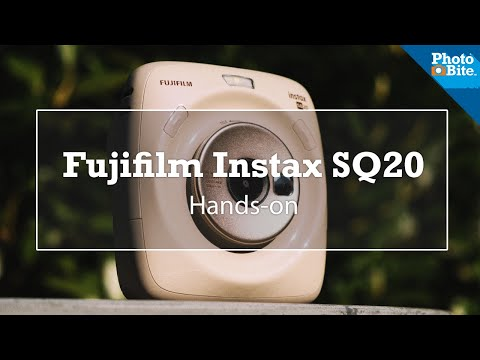 Fujifilm Instax SQ20: Digital or Instant Camera? (#TheMeasure Ep #55)