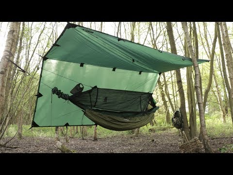 Solo Overnight Hammock Camping - Bushcraft, Foraging for Wild Food to Eat