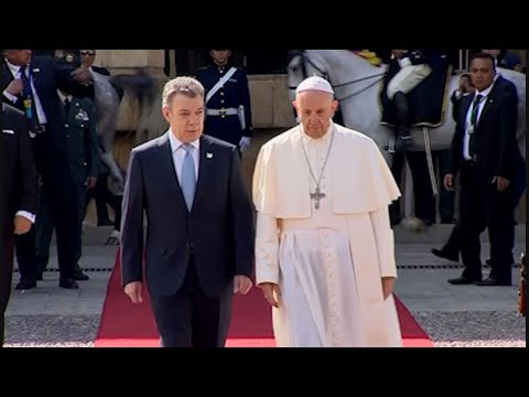 Pope Francis Welcomed by Colombia's President
