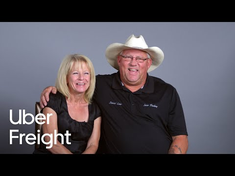 Husband-and-wife truck driving team on the road | Uber Freight