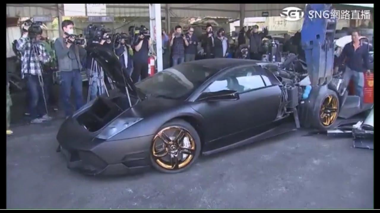 Lamborghini Murcielago getting destroyed on camera