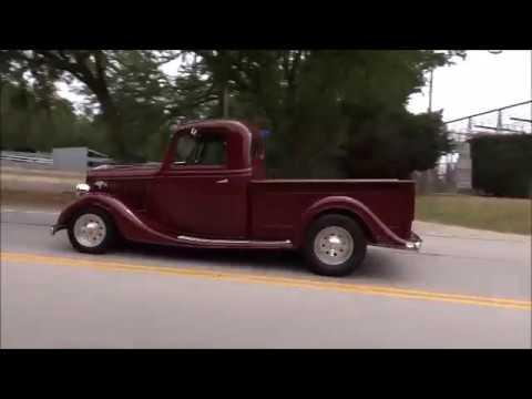 1936 Ford Custom Pick Up 4.8L LS