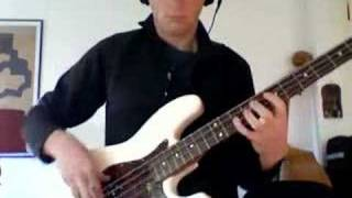 Stevie Wonder - I Was Made To Love Her (bass)
