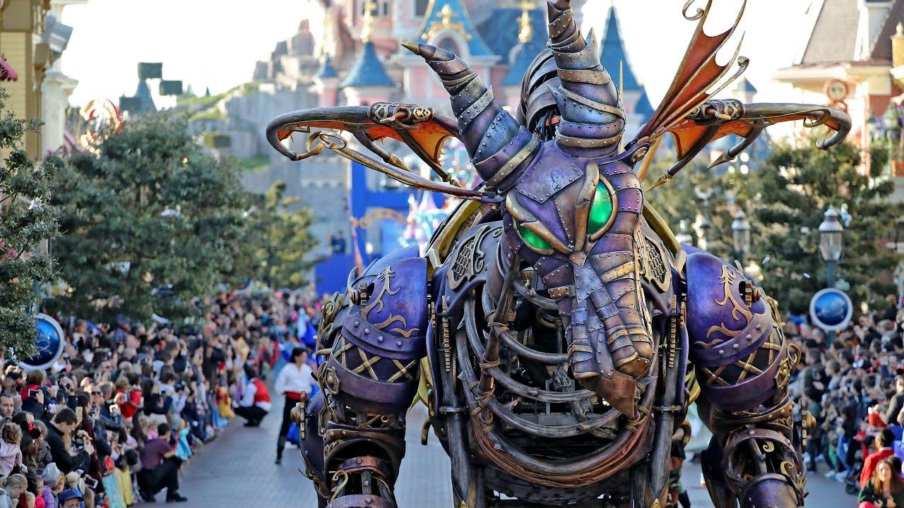 La Disney Star On Parade Pour Les 25 Ans De Disneyland