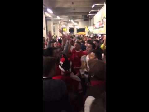 Podolski song Arsenal in Dortmund