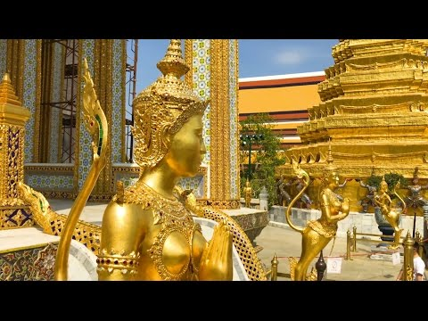 Grand Palace Grounds and Emerald Buddha - Travel Guide to Thailand (24 of 31)