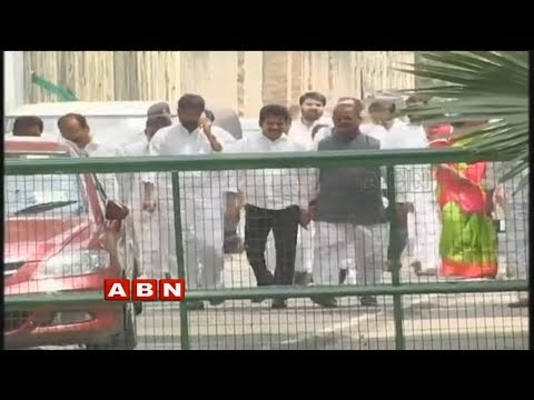T-Congress Leaders meet with Rahul Gandhi to strengthen party in Telangana