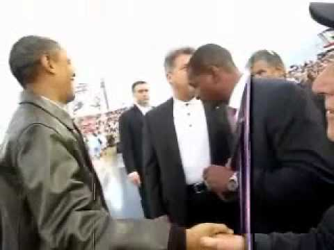 President Obama meets WWII Vet Leon Cooper