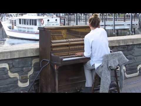 Mathias Piano Man at Lake Wakatipu, Queenstown, New Zealand