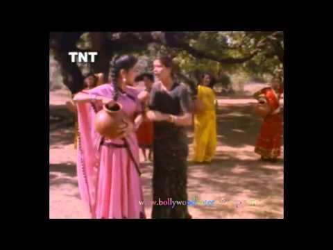 Gora mukhda PiyaMilan Film Song