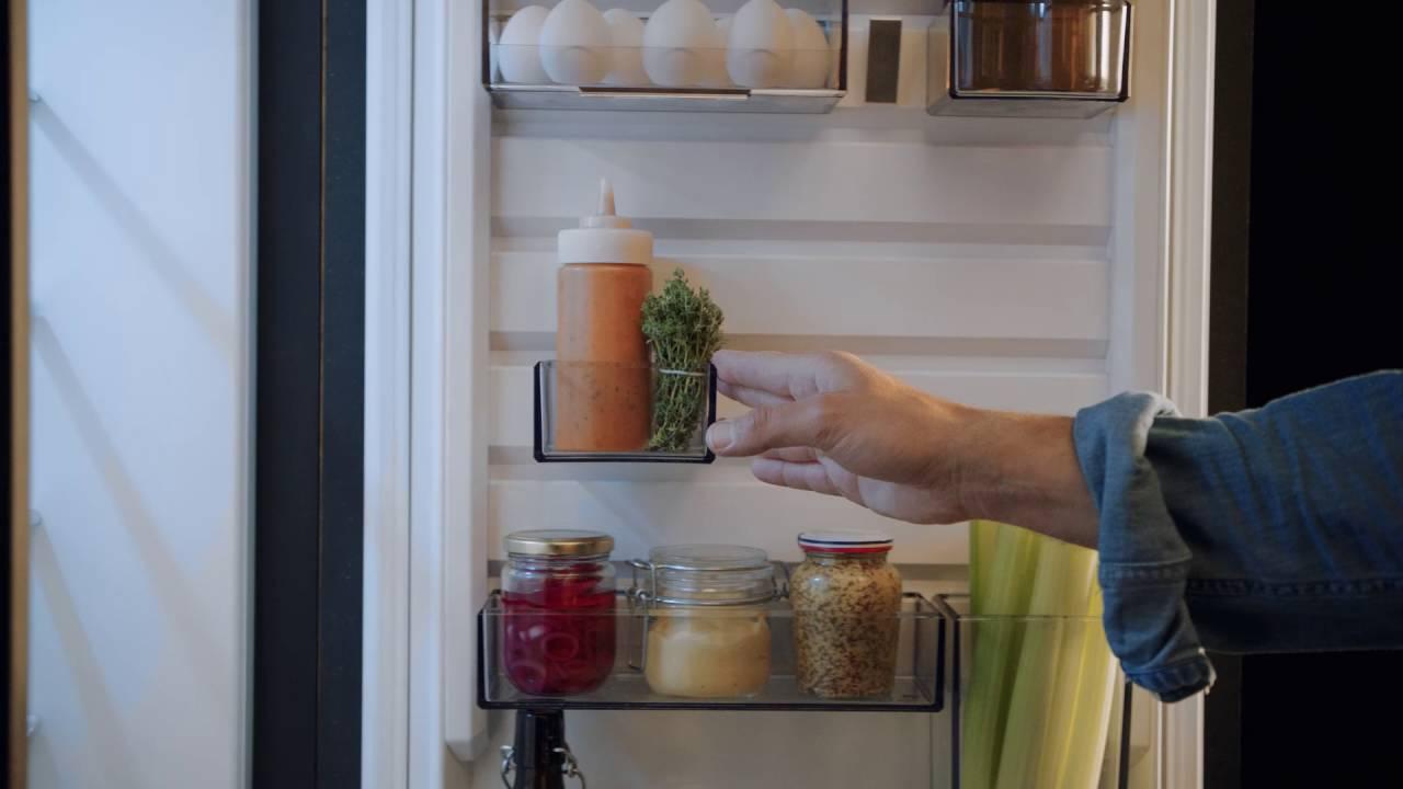 Aeg Kühlschrank Festtür Montage : Aeg customflex: das ablagesystem für mehr ordnung im kühlschrank