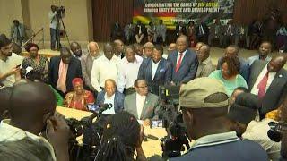 Zimbabwe : Robert Mugabe lâché par son parti