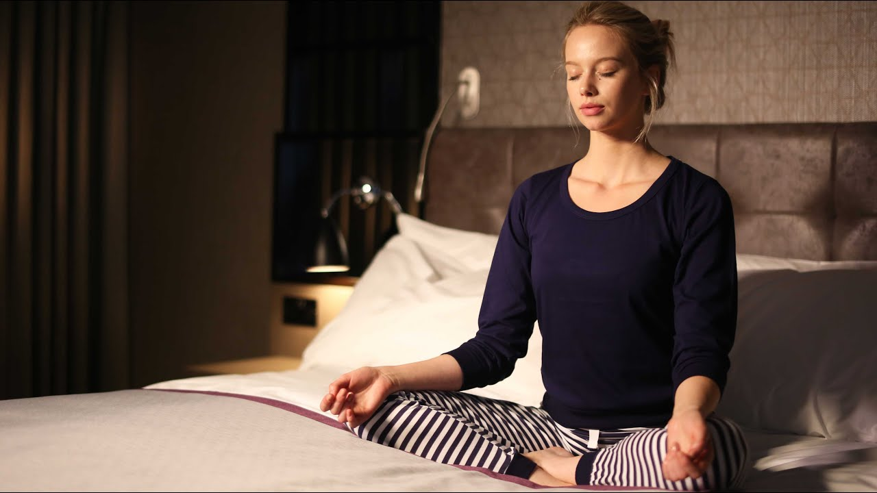 How to perform pre sleep yoga