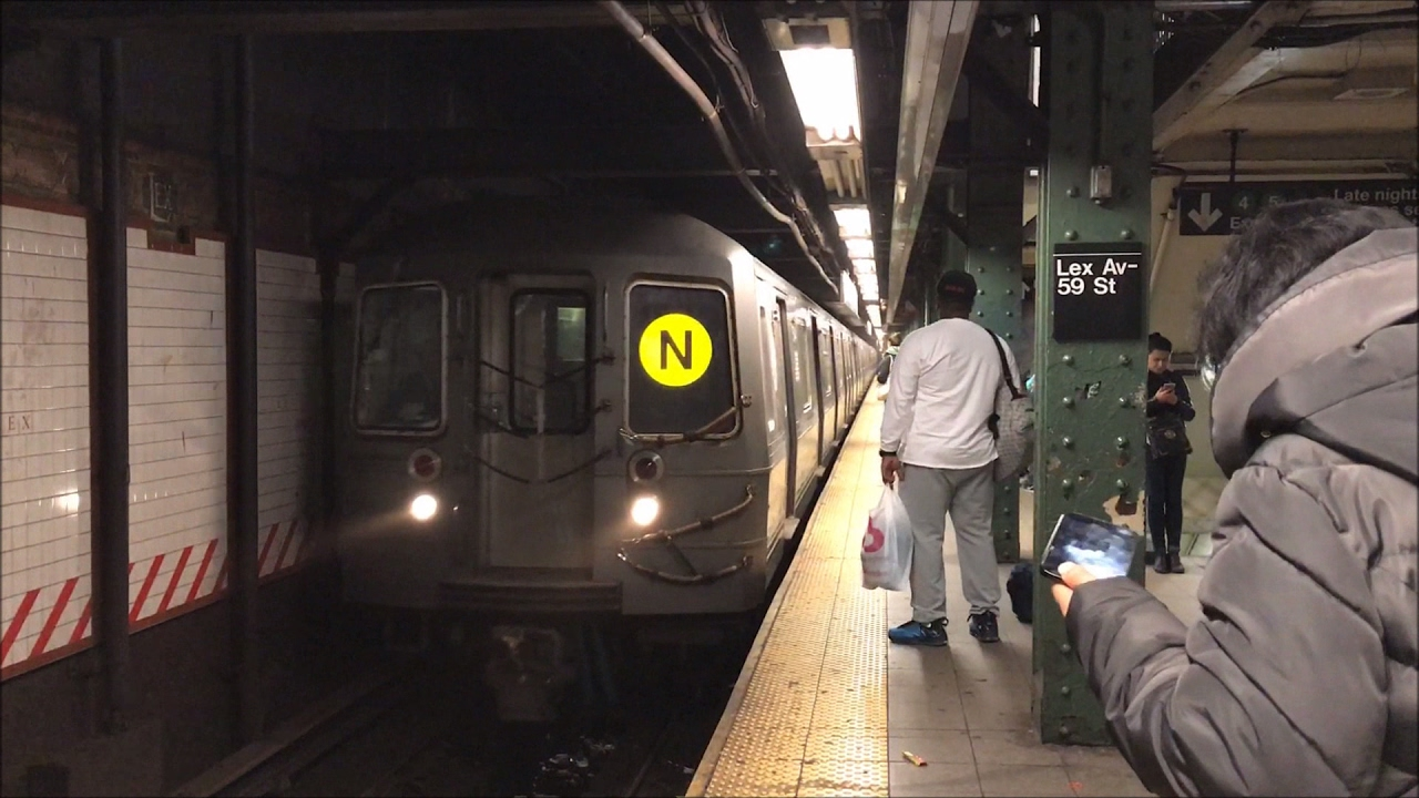 NYC Subway HD 60fps N R Train Action Lexington Avenue