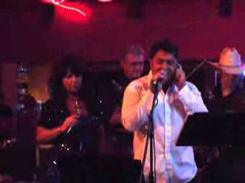 """Janice Maynard & Bobby Flores """"What Makes The World Go Round"""", Pearl's 10/11/13"""