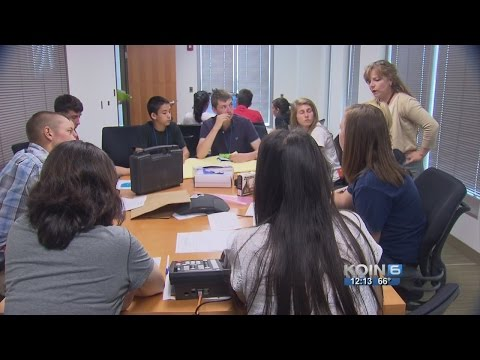 FBI Portland takes students through mock case