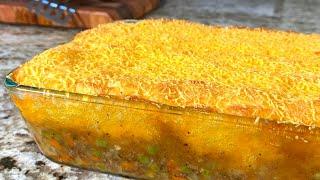 Картофельная запеканка с мясным фаршем. Блюдо из фарша и картофеля в духовке. Пастуший пирог рецепт.
