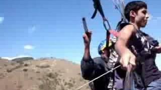 Ronald Rigues vôo duplo de parapente