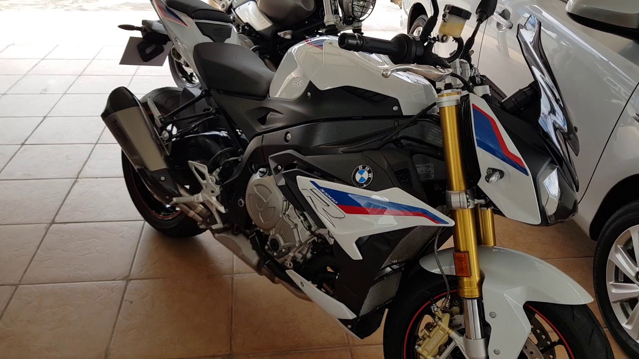 2019 Bmw S1000r With Akrapovic Hp4 Exhaust