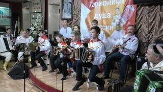 Саратов рулит!!!!!!!!!!!!!!Играй гармонь любимая!