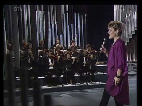 Jana Kocianová - S piesňou vie byť život nádherný