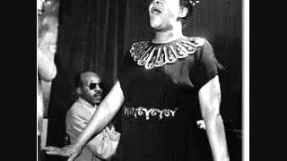 """Bertha """"Chippie"""" Hill Feat. Louis Armstrong (cornet) ~ Trouble In Mind 1926"""