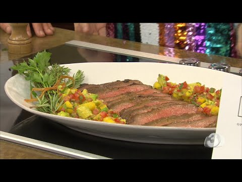 How to make a tasty broiled flank steak with mango avocado salsa