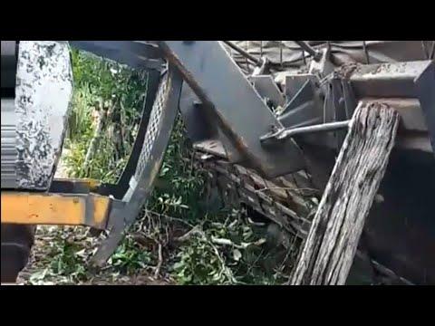 Caminhão Quase tomba na roça de Abacaxi em Floresta do Araguaia 2020
