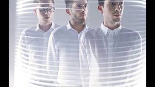 "DELPHIC ""colours of the day"""