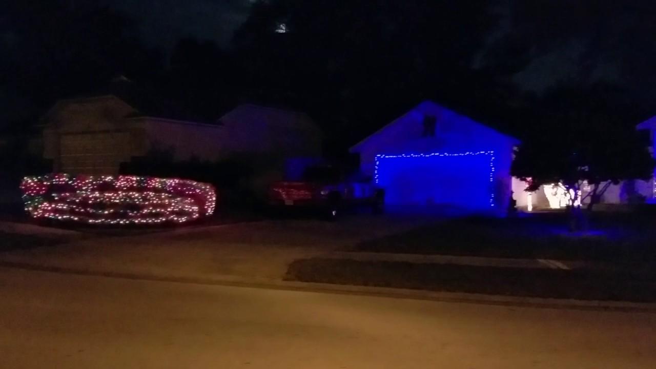 Showbox Christmas light show - YouTube
