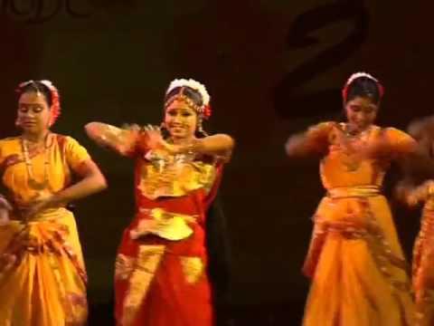 AIGIRI NANDINI - India Classical dance
