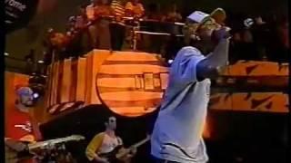 N.E.R.D., Kelis and Spymob Bobby james live