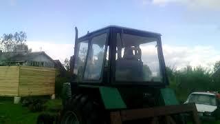 обучение молодого тракториста