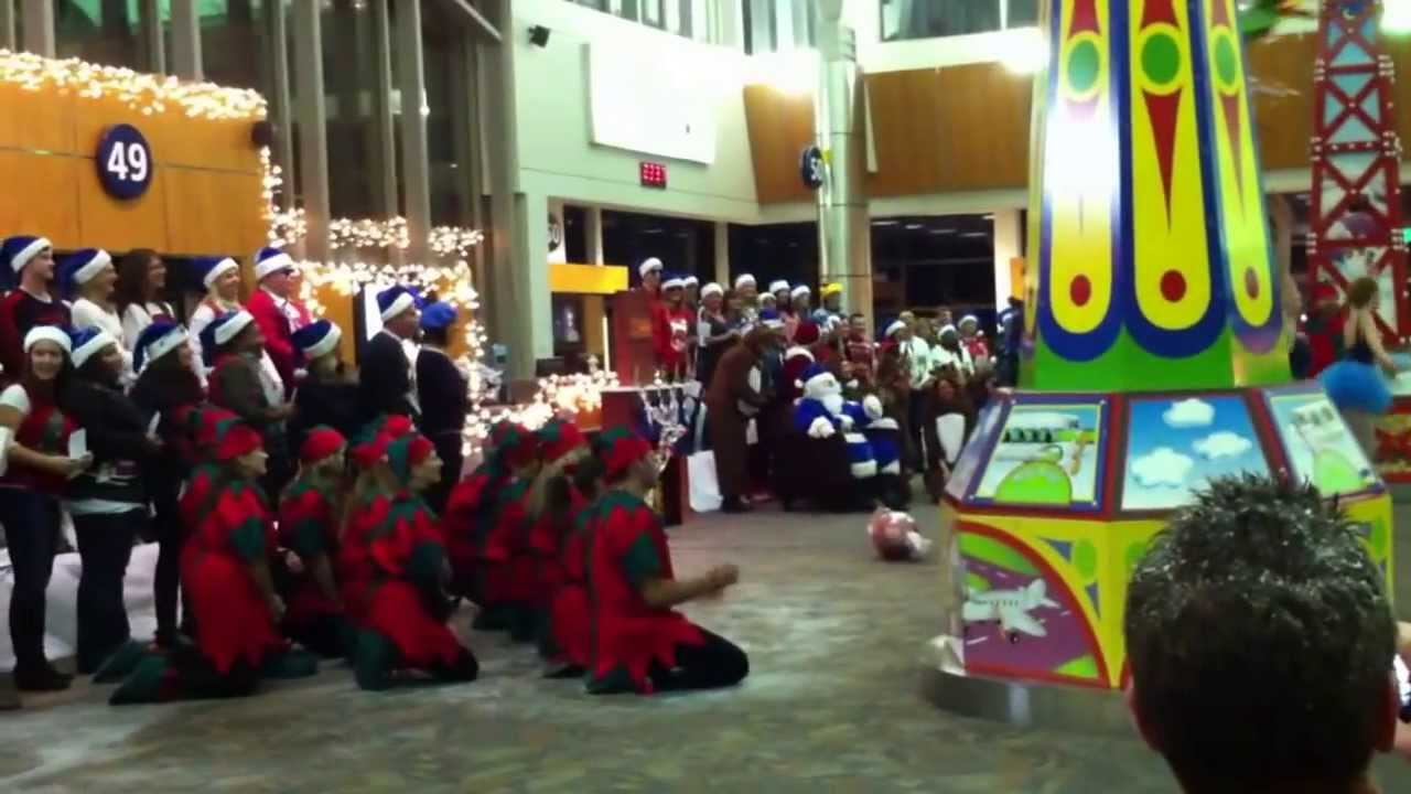 WestJet Christmas Flashmob 2012 (Full Version) - YouTube