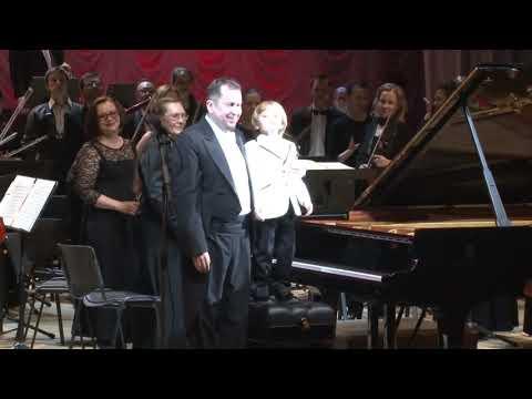 видео: Елисей Мысин(6 лет) Э.Григ