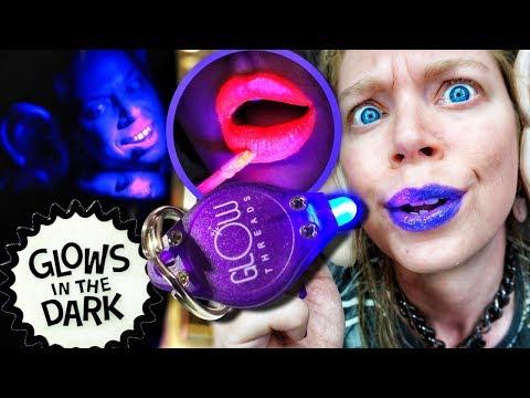 Testing BLACKLIGHT GLOW IN THE DARK Makeup! thumbnail