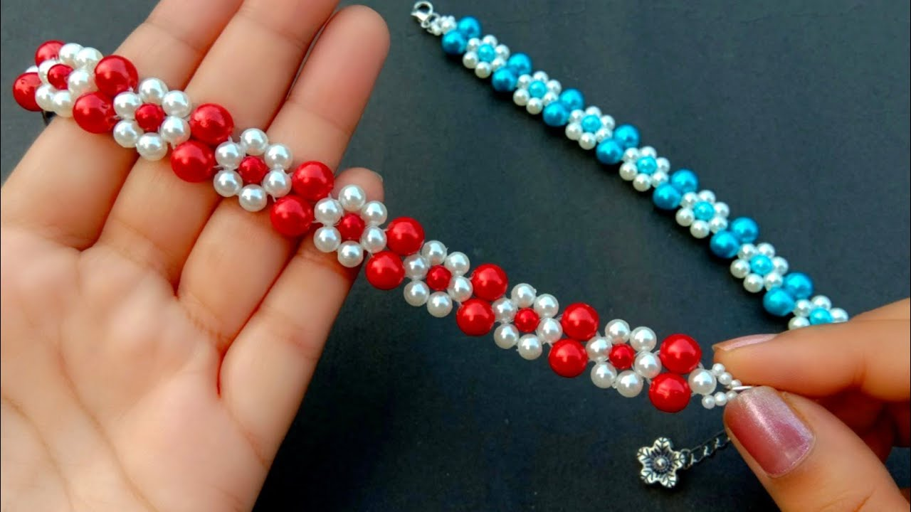 Simple & Beautiful Pearl Flower Bracelet//Beaded Bracelet Making How To// Useful & Easy