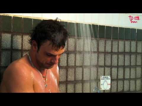 Cássio Reis no banho