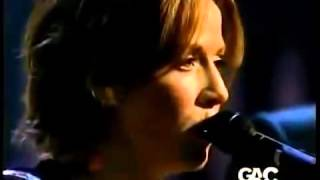 Emmylou Harris, Mary Chapin Capenter & Sheryl Crow - Flesh And Blood.mp4
