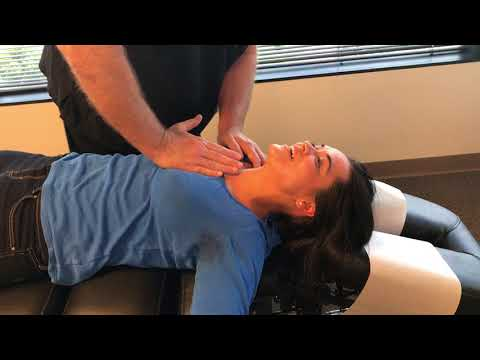 Young Woman From The UK Gets Adjusted At Advanced Chiropractic Relief