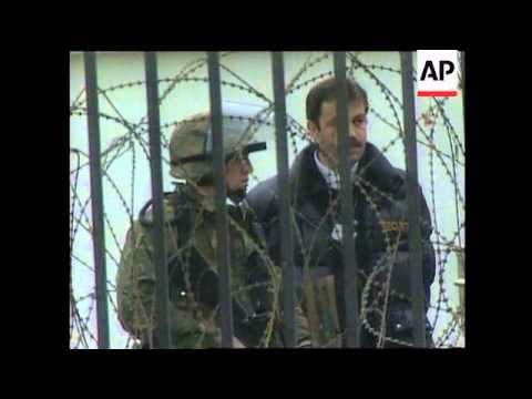 MACEDONIA: NATO TROOPS CONTINUE PROTESTING BORDER