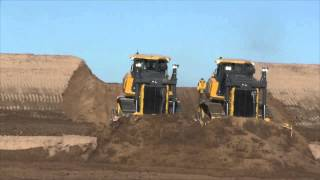 John Deere 1050K crawler dozers in action