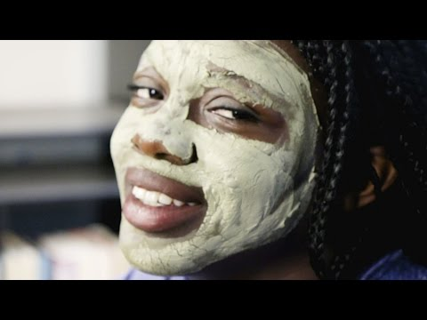 Thumbnail: Women Try Homemade Clay Masks