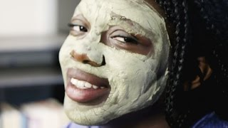 Women Try Homemade Clay Masks