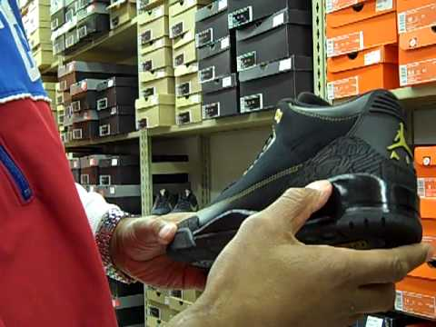 0cebd9886bda 02-23-2011 MR. ALAN S will be selling the JORDAN RETRO 13