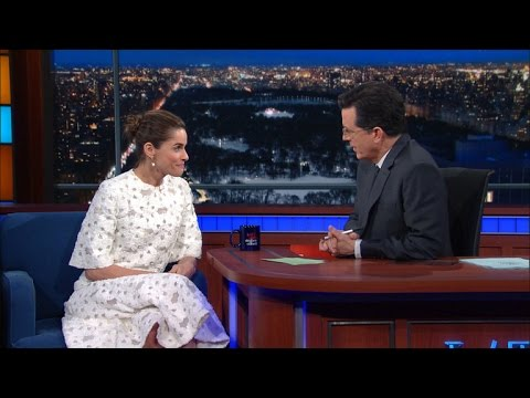 Amanda Peet & Stephen Both Want To Die On Game Of Thrones