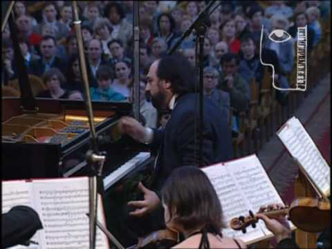 Sergei Musaelyan plays Beethoven Concerto No.4 - 1of4
