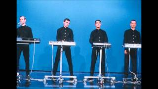 Kraftwerk - Live at The Docks, Hamburg 11/02/1991 [HQ]
